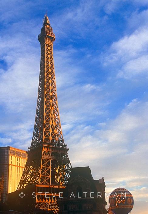 28 Not Really Paris, Las Vegas