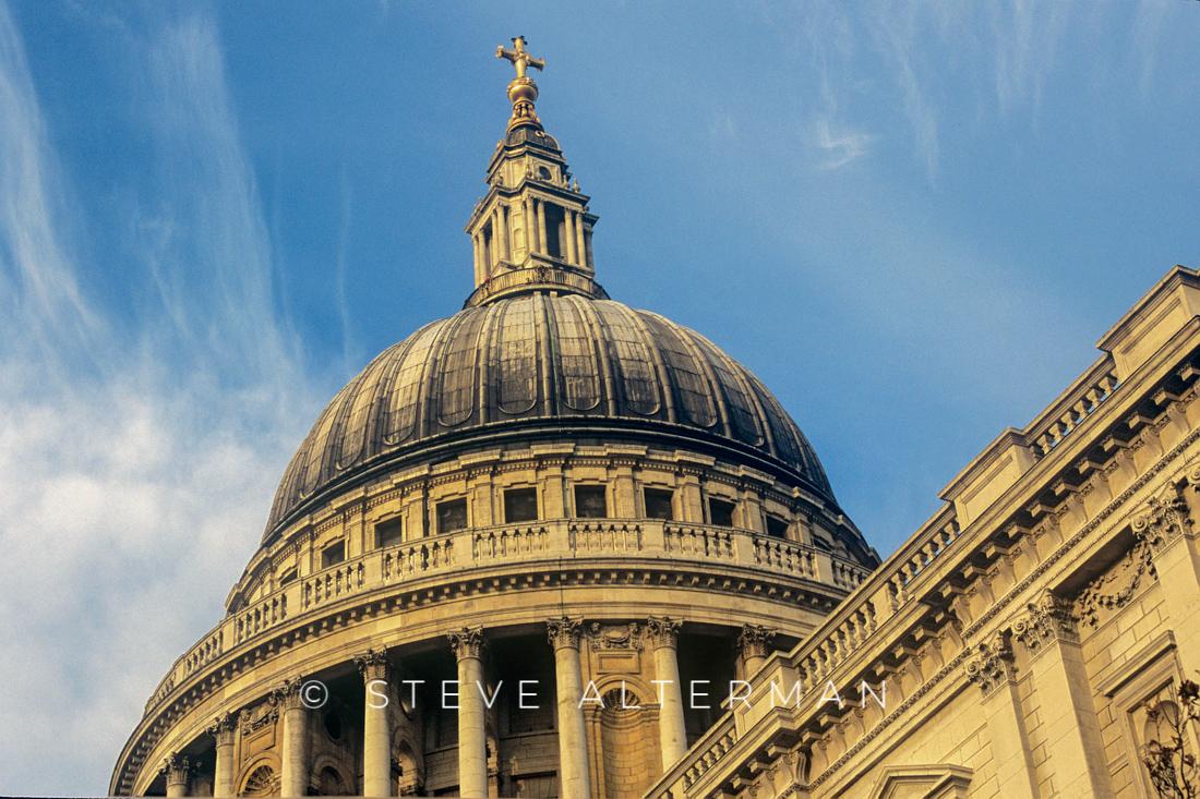 42 Saint Pauls Cathedral, London