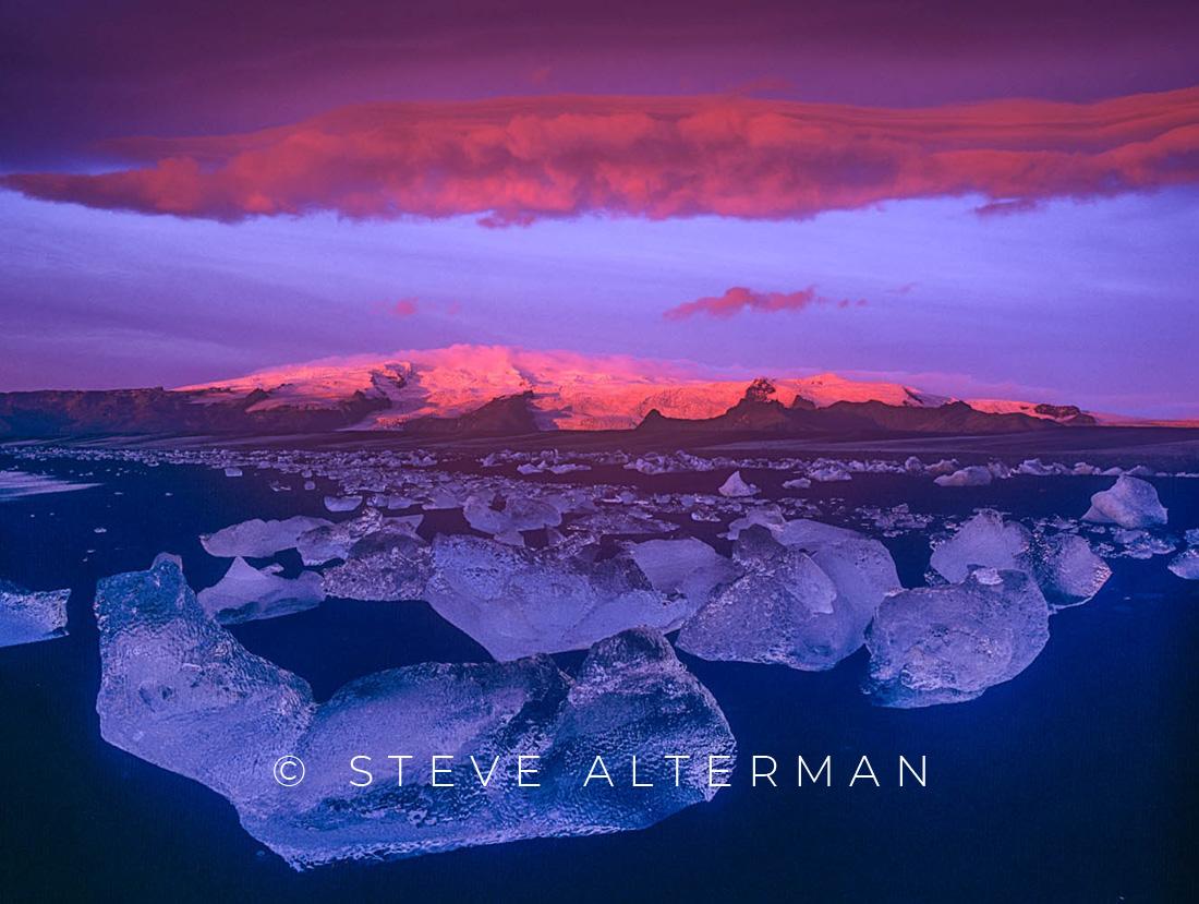 805 Breidamerkursandur Sunrise, Iceland