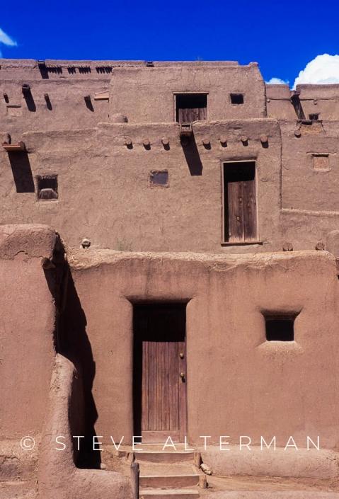 814 Taos Pueblo, New Mexico
